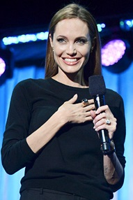 angelina-jolie-maleficent-panel-at-disney-23-expo