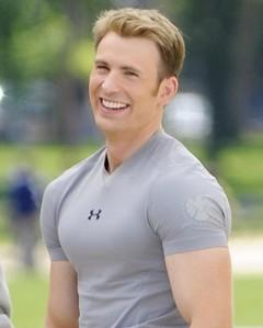 chris-evans-flaunts-huge-biceps-for-captain-america-02